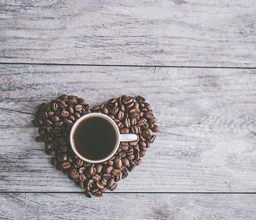 TUTTA LA VERITÀ SULLA BEVANDA PIÙ AMATA AL MONDO: IL CAFFÈ